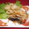 168 - Salade papaye au crabe salé et couenne de porc frite